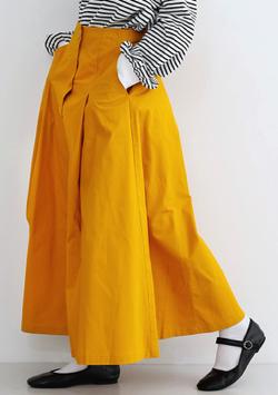 merlot(メルロー)フロントボタンタックフレアスカート