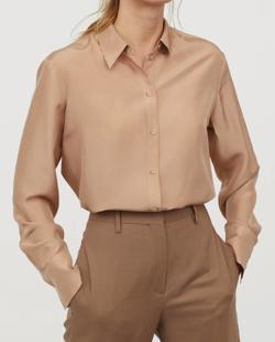 H&M(エイチアンドエム)のシルクシャツ