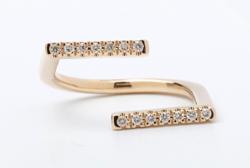 Hirotaka Jewelry Manhattan Ring