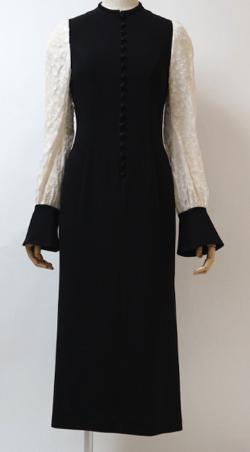mame(マメ)フラワープリントスリーブドレス