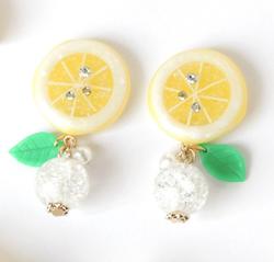 Humu-hum25 fresh miniレモンと涼やかクラックビーズのイヤリング