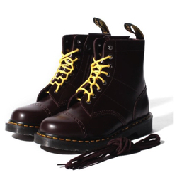 新作 Dr. Martens(ドクターマーチン)黒ブーツ