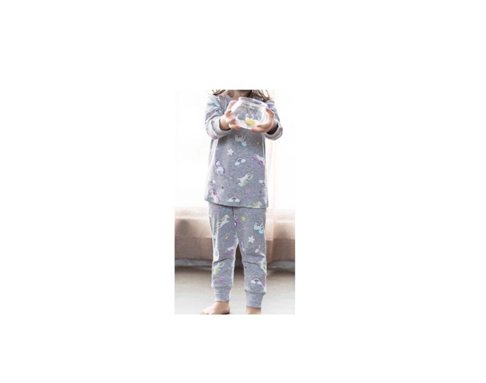 レシピの貴公子相沢瓶人(あいざわかめひと)役の及川光博さんの娘・アメリー役のマノンちゃんが【グランメゾン東京】のドラマの中で着用している服(服装)・可愛い衣装(洋服・ファッション・ブランド・バッグやコーデ【第2話】2019/10/27日放送《相沢アメリー役のマノン》ちゃんの着用パジャマ