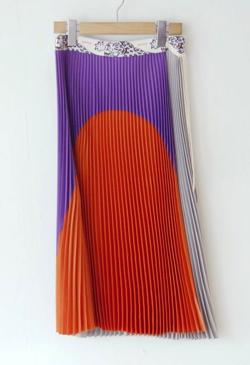 RBTXCO(アールビーティ)トリコカラーアコーディオン巻きスカート