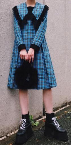 PAMEO POSE(パメオポーズ)Big Collar Plaid Dress
