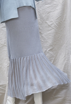 AULA AILA(アウラアイラ) PLEATS DOCKING KNIT SKIRT