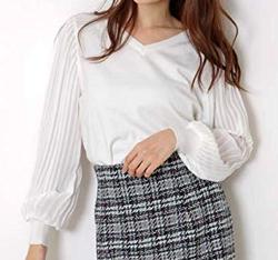 MEW'S REFINED CLOTHES(ミューズ リファインド クローズ)袖プリーツニット