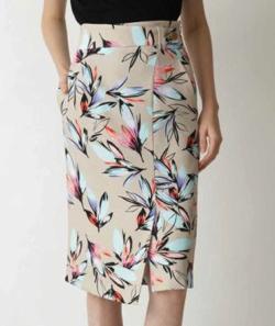PINKY&DIANNE ルミナスフラワープリントスカート