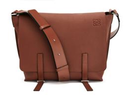 LOEWE(ロエベ)Military Messenger Bag Cognac