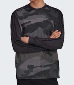 adidas カモフラージュ 長袖Tシャツ
