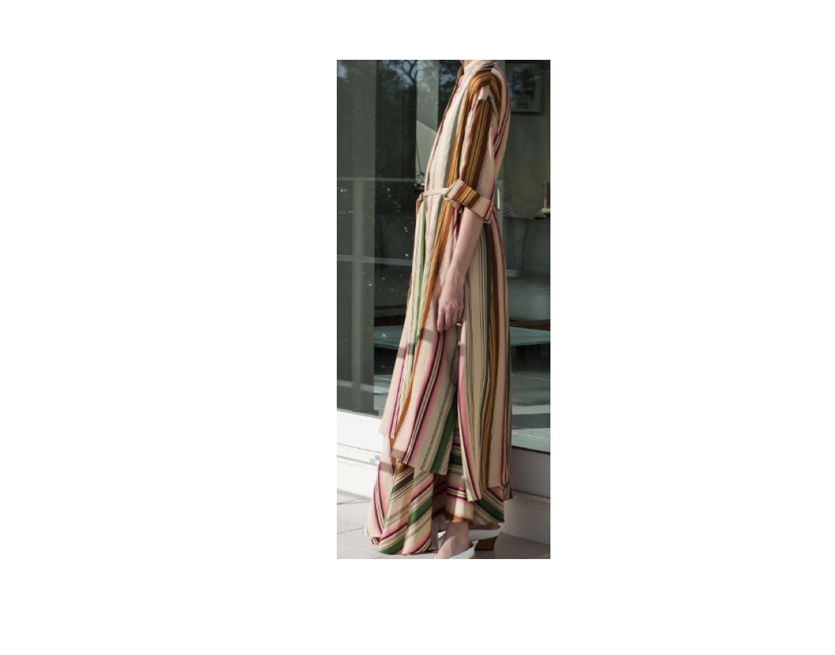 佐藤栞里(さとう しおり)さんが【1周回って知らない話】の中で着用している服(服装)・衣装(洋服・ファッション・ブランド・バッグ・アクセサリー等)やコーデLIFE WITH FLOWERS. 2020年春夏コレクション