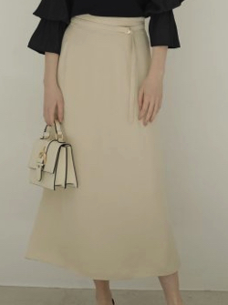 TONAL ハンマーサテンマキシスカート