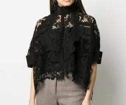 SACAI(サカイ)lace loose fit blouse