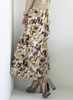 RESEXXY(リゼクシー)フラワーロングスカート