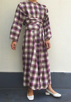 AWA by UKUU PROJECT slit sleeve onepiece / check