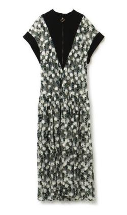 LOKITHO FLOWER EMBROIDERED LONG DRESS