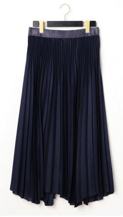 wb トリアセツイル変形ヘムプリーツスカート