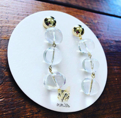 MM20a glass ball earring