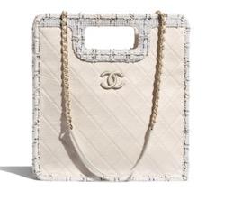 CHANEL(シャネル)small shopping bag