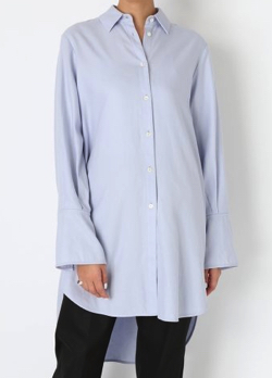 styling/ サイドスリットシャツ