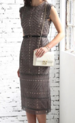 Luxe brille 幾何学模様柄ケミカルレース使い ナローラインワンピースドレス