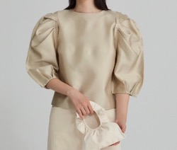 RECTO gathered puff sleeve top