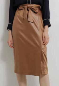 TONAL レザーライクウェストリボンタイトスカート