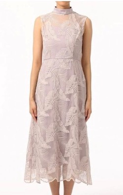 GRACE CONTINENTAL(グレースコンチネンタル)リーフレースハイネックドレス