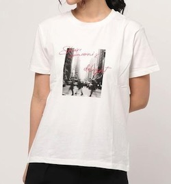 ikka (イッカ)フォト・ロゴプリントTシャツ