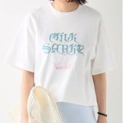 QUSSIO (クーシオ) MILK SHAKE ロゴプリントTシャツ