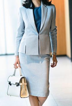 AKRIS スーツ