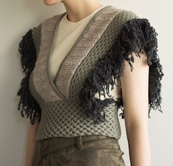 LEINWANDE Patchwork Fringe Top / Gray