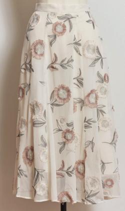 Noela 3D刺繍スカート