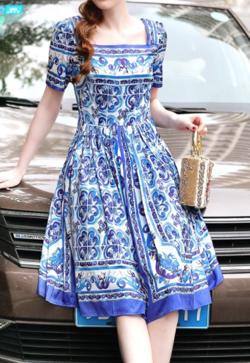 Antoinette 総柄 半袖 リゾート パーティー ドレス