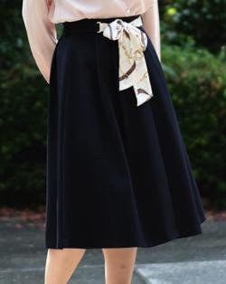 TRUDEA スカーフベルト付きフレアスカート