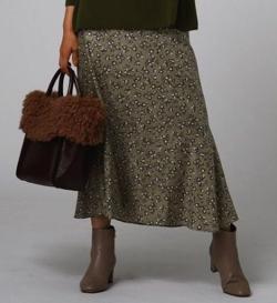 UNTITLED グランツフワラープリントマーメイドスカート