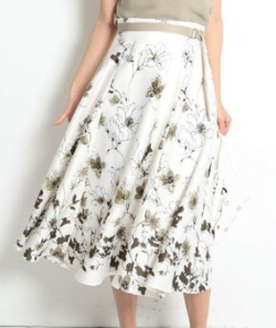 Apuweiser-riche アザレアパネルプリントスカート