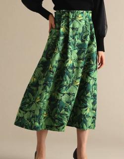 Tiara グラデフラワープリントタックフレアスカート