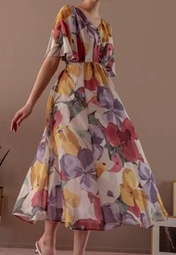 And Couture 袖フレアビックフラワー柄ワンピース