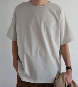 antiqua ハリのある上質感。サラリと心地良い着心地で。ポケット付きシンプルトップス・zk-00020