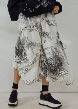 UN3D.(アンスリード)ラインアートギャザースカート