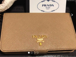PRADA 手帳型iPhone ケース
