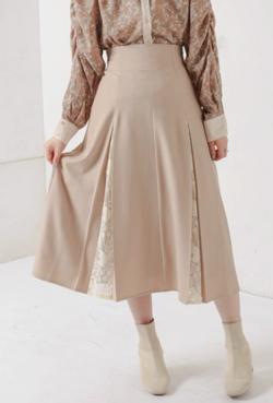 natural couture 8枚接ぎレースちら見えスカート