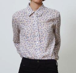Comptoir des Cotonniers シルクサテンプリントレギュラーカラーシャツ