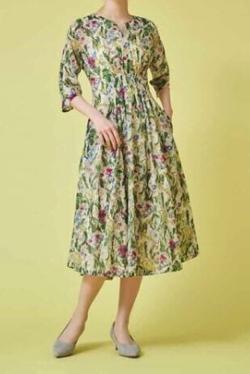 Sybilla WELL BEING フラワープリントドレス