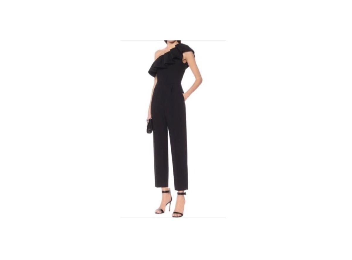 有村架純さんが【めざましテレビ】で着用しているファッション・衣装(服・バッグ・アクセサリー・腕時計・靴など)のブランドやコーデを紹介しています♪(*^^*)有村架純 衣装【めざましテレビ】着用ファッション(黒いジャンプスーツ)のブランドはこちら♪
