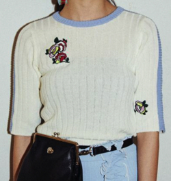 PAMEO POSE BOUQUET EMBROYDERED KNIT TOP