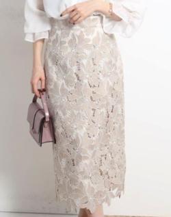 Apuweiser-riche 大花レースタイトスカート