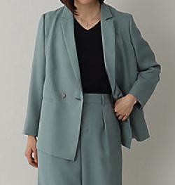 NEWS ZERO有働由美子ブルーのジャケット