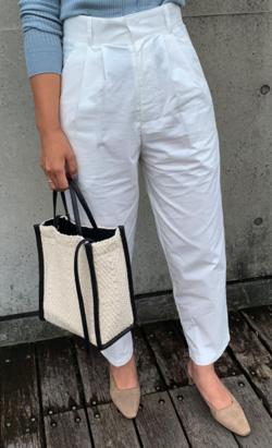 リコハイ桜井ユキ ホワイトのパンツ